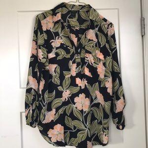 EUC Ann Taylor blouse sz M